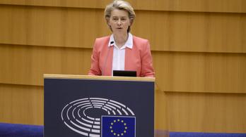 Ursula von der Leyen: Megbántva és megsértve éreztem magam nőként és európaiként is