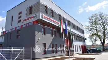 Elkészült Magyarország legkorszerűbb tűzoltólaktanyája