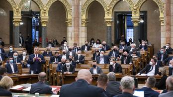 Fontos ügyben döntenek ma az Országgyűlésben