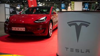 Először egymilliárd felett: rekordnyereséget ért el a Tesla