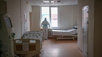 Romániában csökkent az intenzív osztályon ápolt Covid-betegek száma