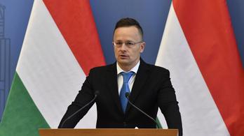 Szijjártó Péter: Még nem is fontolgatjuk a határzár feloldását