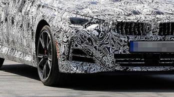 Kémfotókon az új 2-es BMW kupé