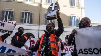 Tüntetések bénították meg Rómát