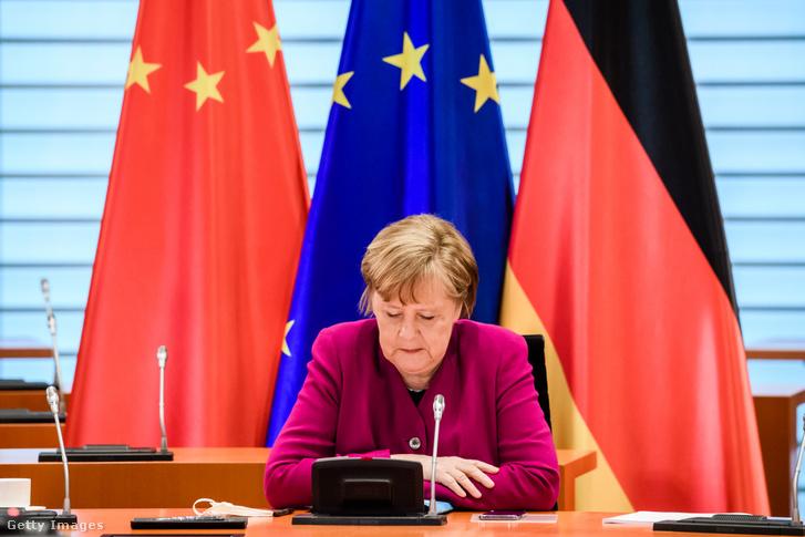 Angela Merkel a német-kínai konferencián 2021 április 28-án