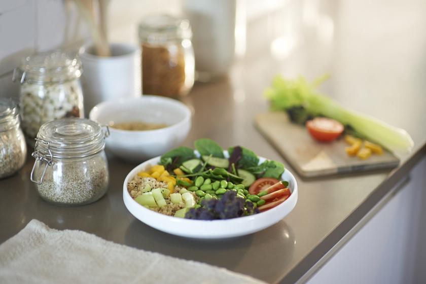 egészséges saláta belső