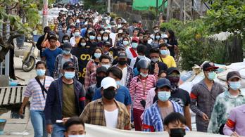 Gyilkossággal és hazaárulással vádolják a mianmari tüntetők egyik vezetőjét
