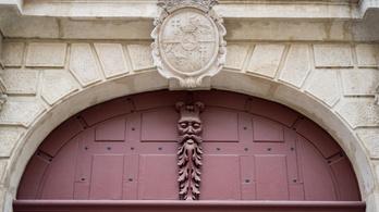 A budai várban működik Európa egyik titkos dimenziókapuja