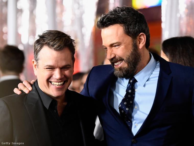 Matt Damon és Ben Affleck...és ha már az igazi barátságról van szó, bármennyire is ismert a történetük, legalább említés szintjén kell szerepelnie itt Matt Damonnek és Ben Afflecknek, akiket a bostoni Cambridge Rindge and Latin High School hozott össze.