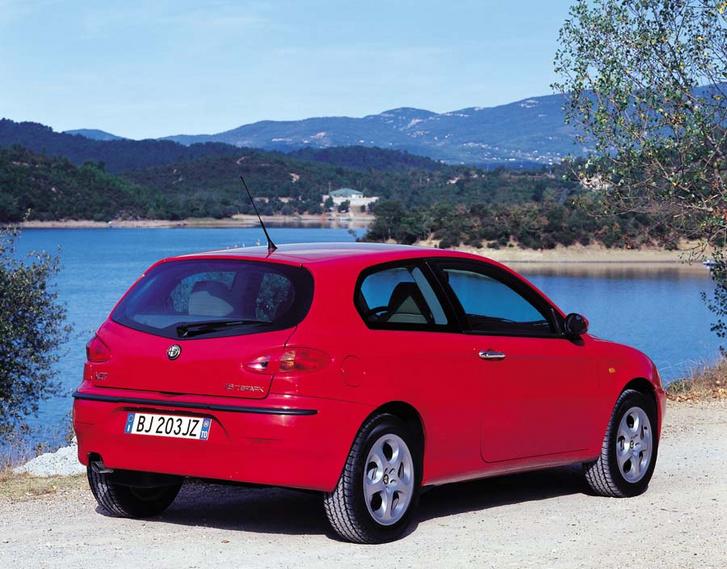 auto/ALFA ROMEO/147 2001-/XLARGE/02rs