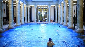 Ha fürdőzne a hétvégén, ne felejtse otthon a védettségi igazolványát