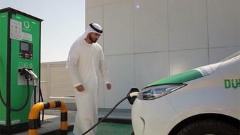 Szaúd-Arábia saját villanyautó-gyárat szeretne?