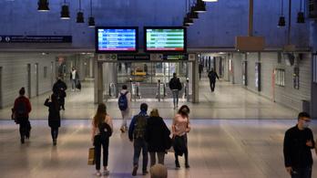 MÁV–Volán-csoport: a vonatok és buszok fedélzete nem terasz