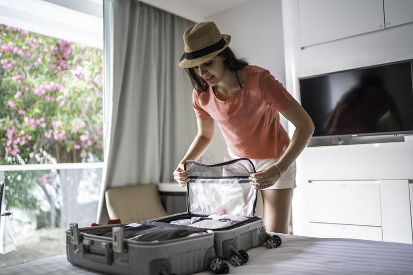 csomagol bőrönd nyaralás