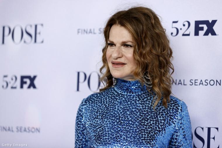 Sandra Bernhard humorista-színésznő szintén szerepel a sorozatban