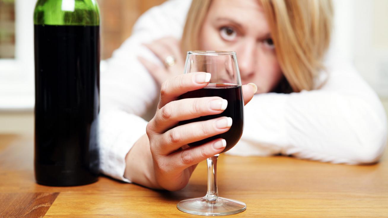 alkohol nyitó