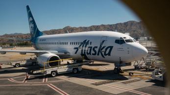 Elutasította a maszkot, kitiltották a politikust a repülőről