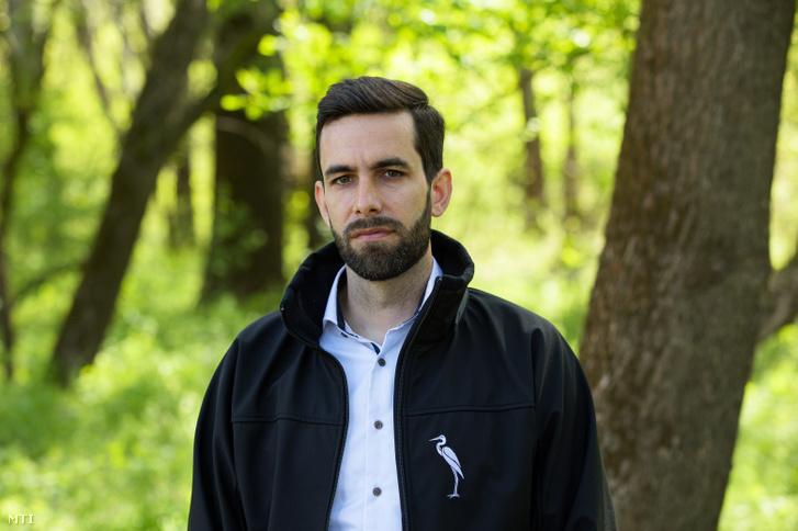 Balczó Bertalan természetvédelemért felelős helyettes államtitkár sajtótájékoztató után a Bács-Kiskun megyei Dunafalva közelében 2021. április 30-án
