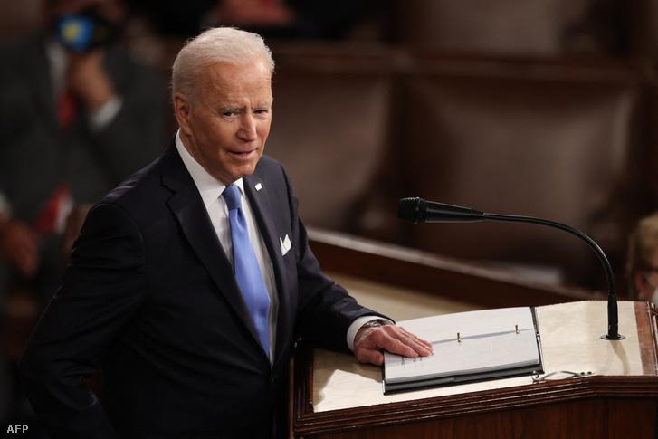 Joe Biden a Kongresszus előtt 2021. április 28-án Washingtonban