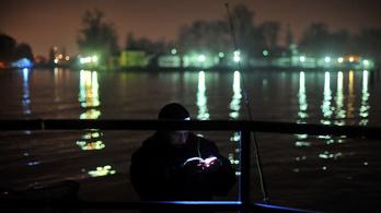 Szombattól kezdve éjszaka is lehet horgászni, de csak védettségi igazolvánnyal