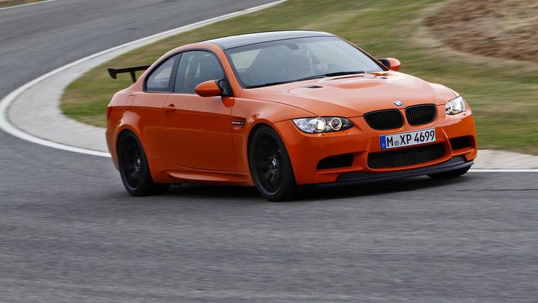 Már a retinaszaggató narancs szín is megüzeni, hogy az M3 GTS nem a mindennapi sportkupé