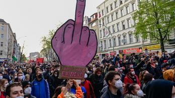 Tüntetésekkel és összecsapásokkal ünnepelték a május elsejét Berlinben