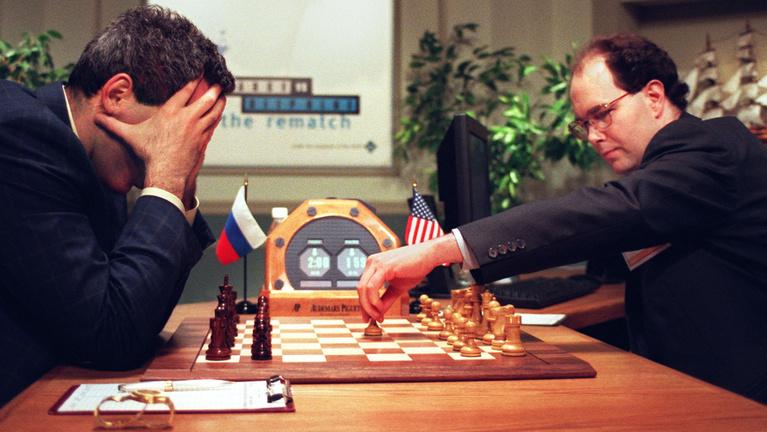 Amikor a szuperszámítógép összeroppantotta a világ legjobb sakkozóját
