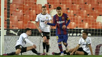 Messi a büntetőt kihagyta, a szabadrúgást belőtte