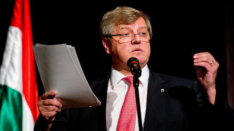 Stumpf István: többlépcsős bérfejlesztés lesz a felsőoktatásban