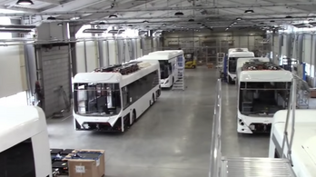 Elektromos buszok fejlesztését és a dohányipart is kiemelten támogatta a kormány