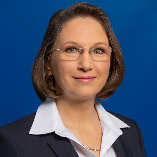 A nők vagy a férfiak jobb főnökök? Dulin Judit, a Lidl HR-vezetője szerint egy dolog dönti el - Szily Nóra interjúja