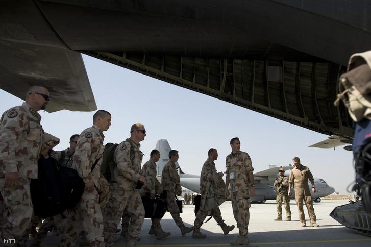 A PRT-13, az utolsó váltás elhagyja Kabult