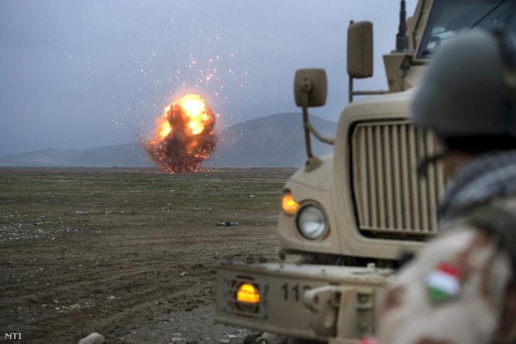 Lőszerek és robbanóanyagok megsemmisítése Afganisztánban