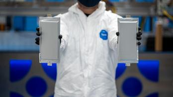 Szilárdtest-akkumulátorba fektet a BMW és a Ford