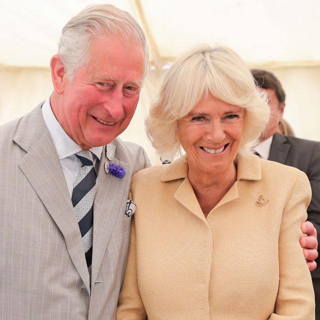Ez a férfi azt állítja, ő Károly és Kamilla eltitkolt gyermeke: szerinte Diana is tudott a létezéséről