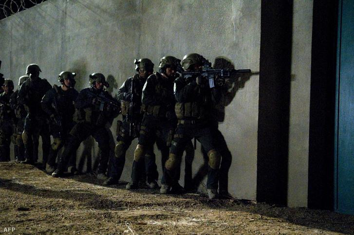 Reconstruyendo los últimos momentos antes de la redada del SEAL Team Six: The Killing of Osama bin Laden