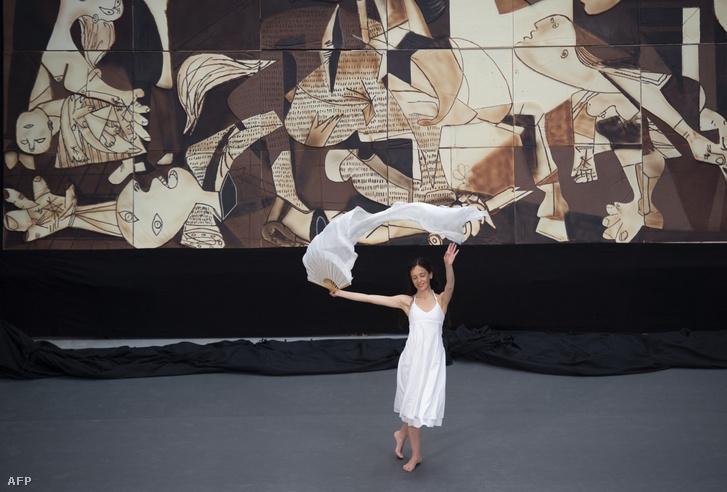 A híres festmény, a Guernica csokoládéváltozata