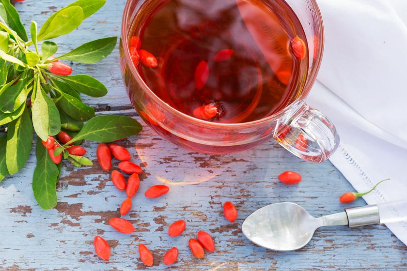 Lelassult anyagcsere, gyulladások ellen: 8 házi tearecept, ami sokat segít