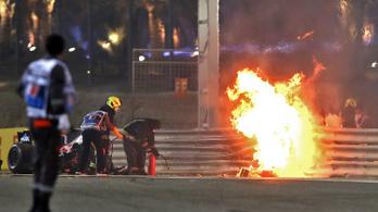 A horrorbalesete után most Hamilton világbajnok autóját vezetheti