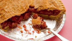 Ez az egyszerű cseresznyés-vaníliás pite tökéletes tavaszi desszert