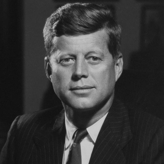 John F. Kennedy ilyen szerelmes levelekkel bombázta svéd szeretőjét: a szép nővel évekig tartott a viszonyuk