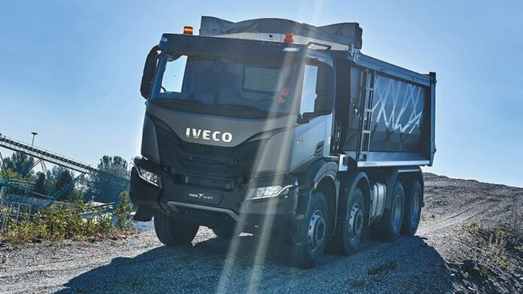 Új Iveco nehéz teherautó jön, a T-Way