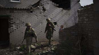 Kelet-Ukrajna: a szakadárok páncéltörő gránátokat is bevetettek