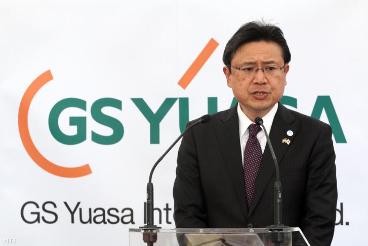 Murao Oszamu, a GS Yuasa elnök-vezérigazgatója beszédet mond a japán anyacégű, akkumulátorok gyártásával foglalkozó GS Yuasa Magyarország Kft. gyárának ünnepélyes alapkőletételén Miskolc déli ipari parkjában 2018. március 28-án