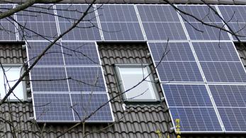 Milliárdos csalás napelemekkel