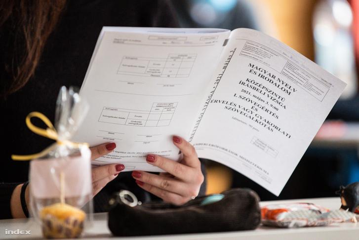 Érettségiző diák Gödöllőn 2021. május 4-én