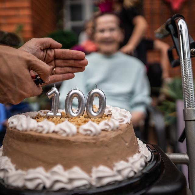 Ez lehet a hosszú élet titka: egyezést találtak a 100 év felettiek genetikai vizsgálata közben