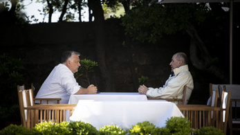 Orbán Viktor: A járványt megtörtük, a gazdaságot újraindítjuk