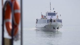 Népszerűek a balatoni hajójáratok