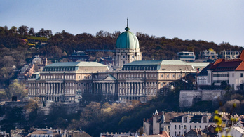Elkészült a Budavári Palota első felújított épületrésze